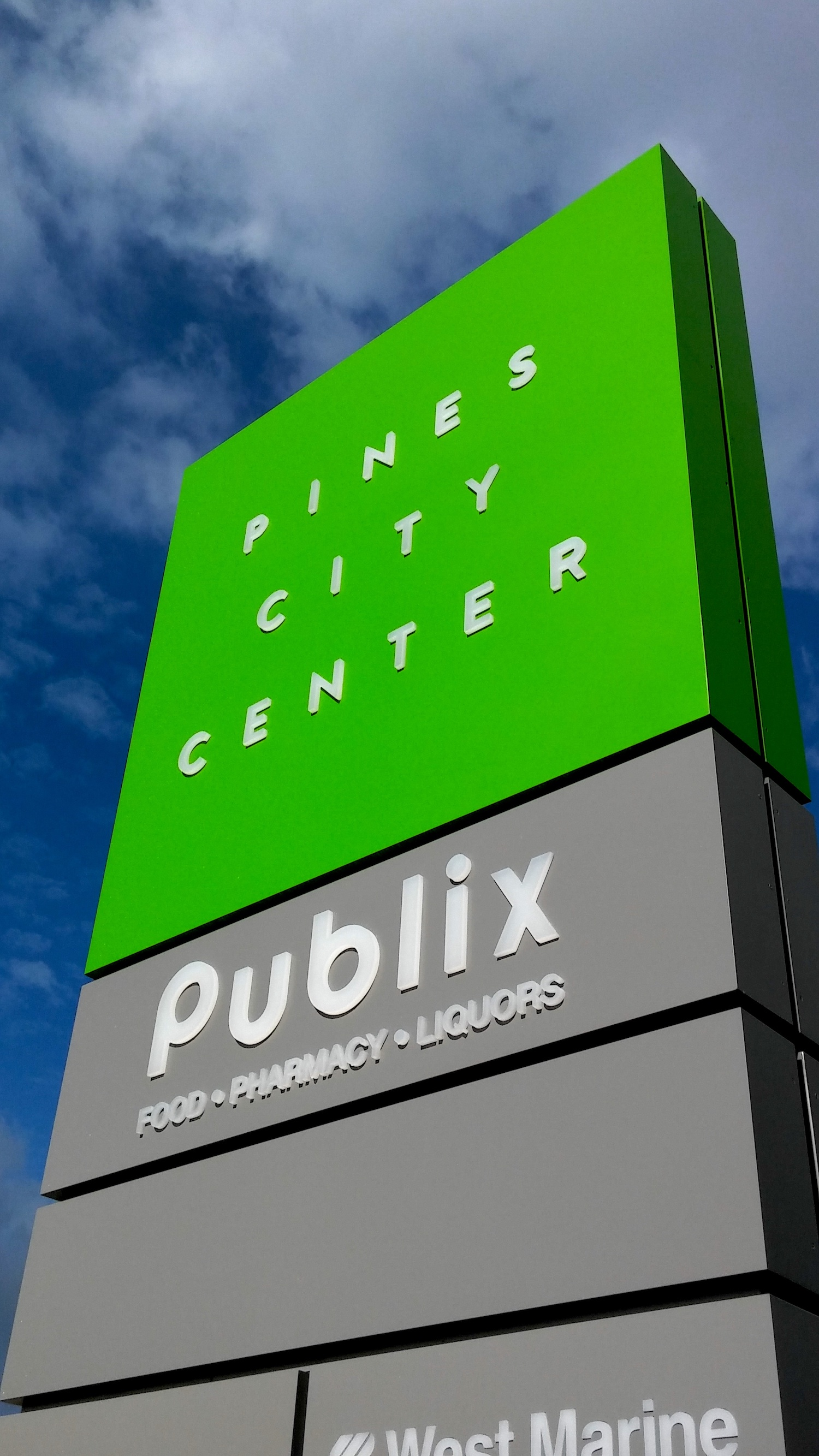 PINES CITY CENTER  - PEMBROKE PINES, FL