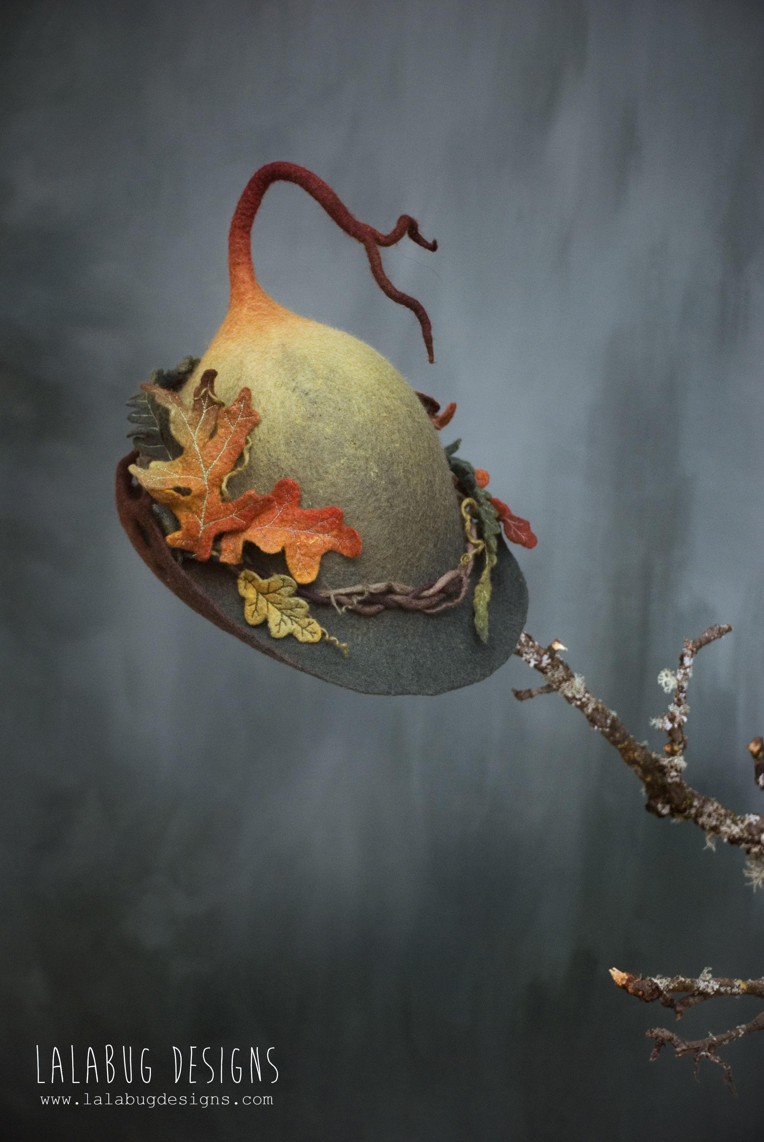 wren-autumnleaves1.jpg