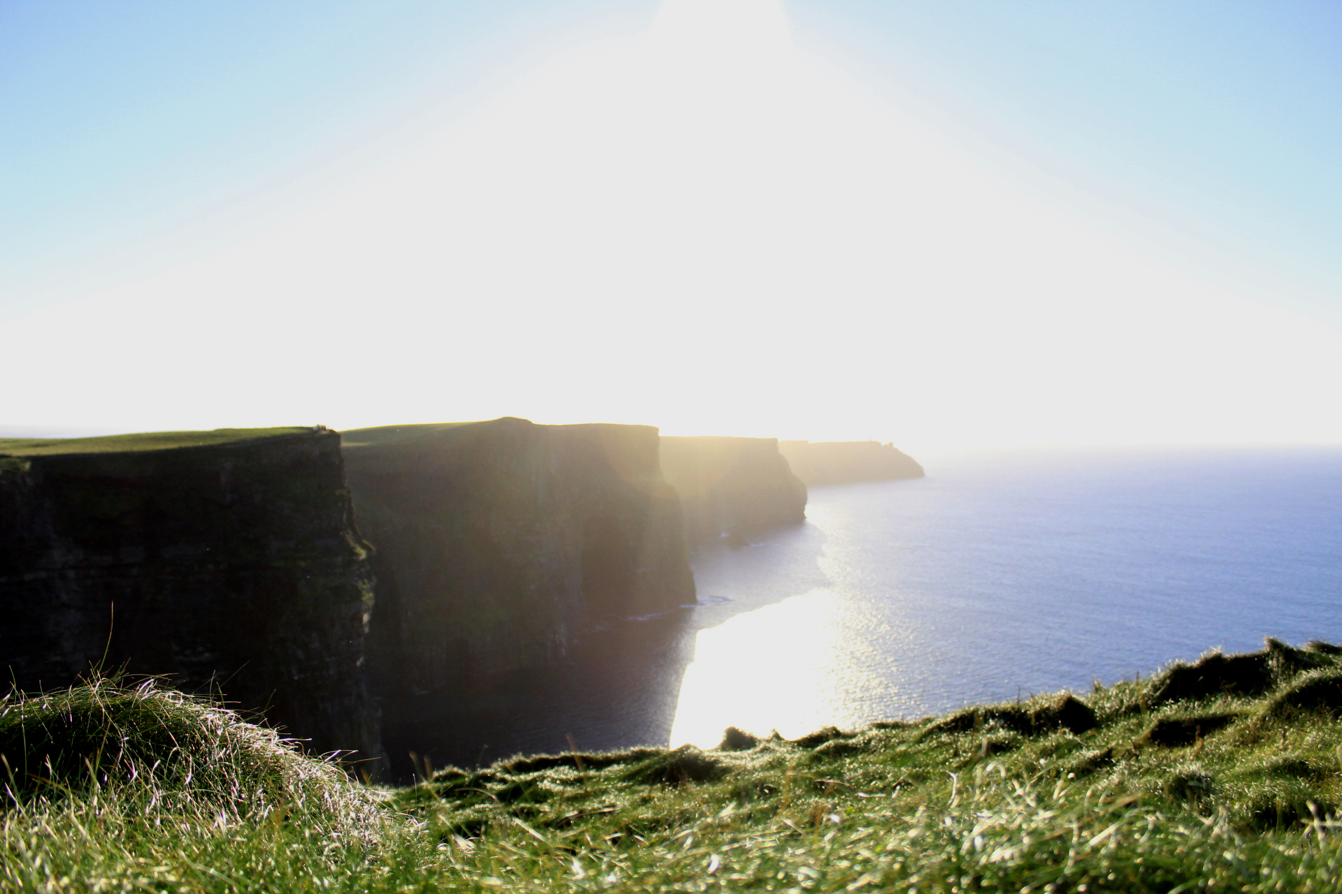 Cliffs of Moher- Livekerfully