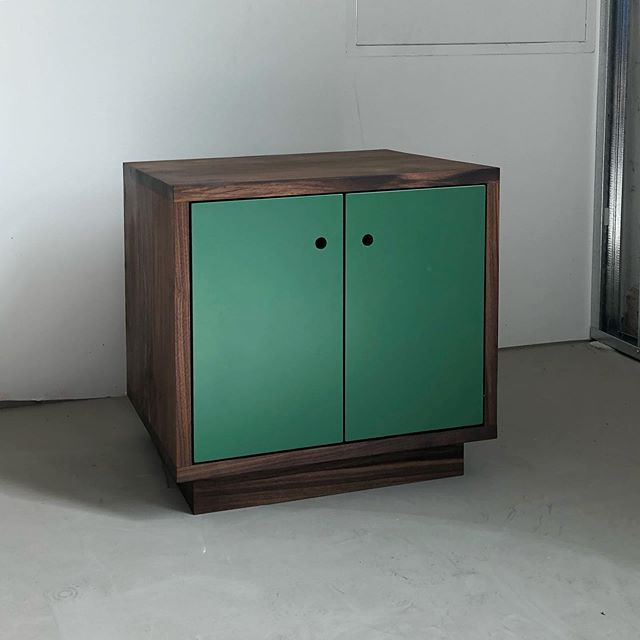 Walnut night stand with lacquered doors and hidden drawer.  #woodworking #cabinetry #walnut #brooklyn #handmade #rubiomonocoat #festool #carpenter #local #brooklynmade  @sparkworkshop