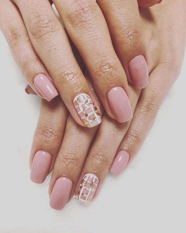 Introducing Japanese Nail Art by our new nail & eyelash technician, May!!! New techniques and detailed designs. Book your appointment at #juliejungstudio DM for any questions.