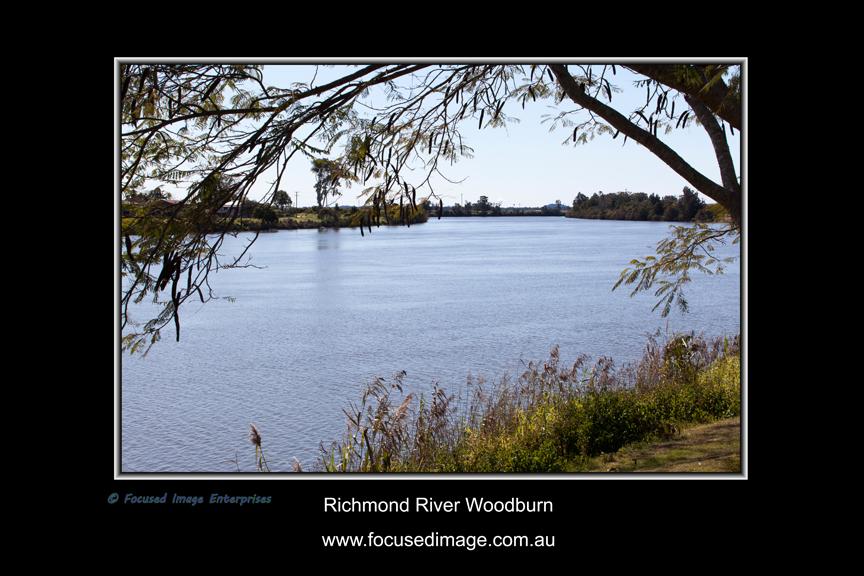 Richmond River Woodburn.jpg