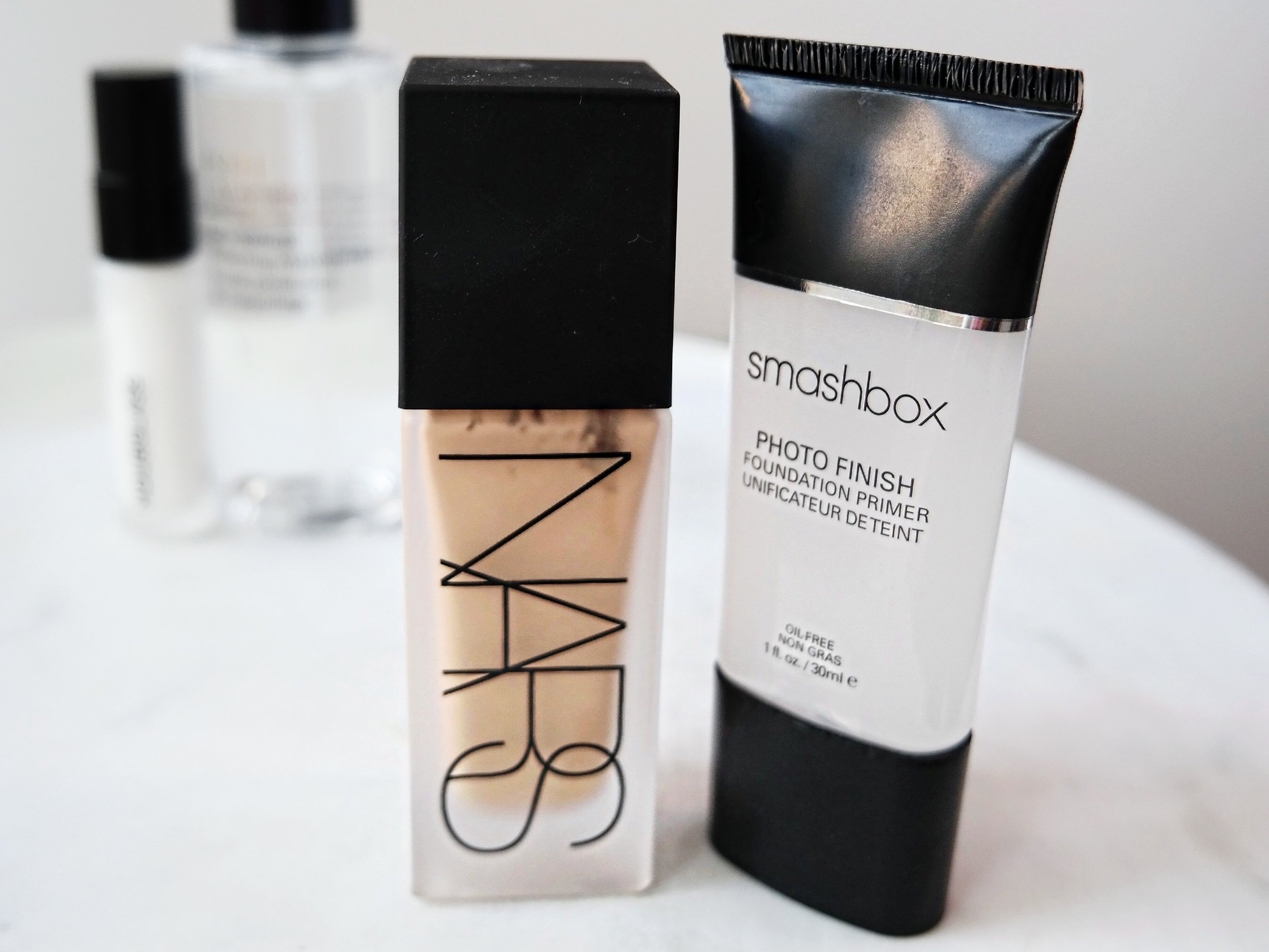 NARS All Day Luminous Weightless Foundation and Smashbox Photo Finish Primer Review