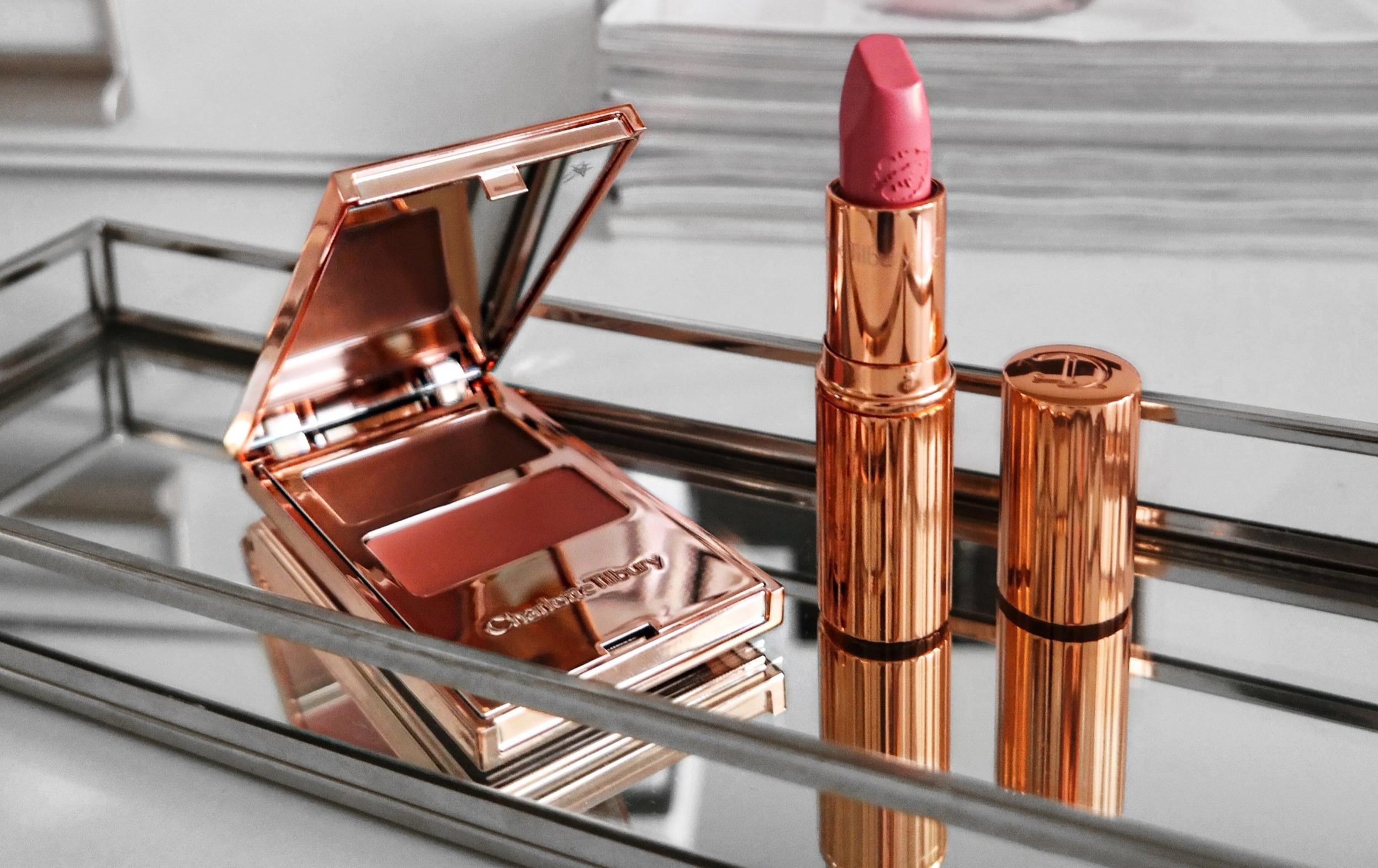 Charlotte Tilbury Lipstick in shade Liv It Up