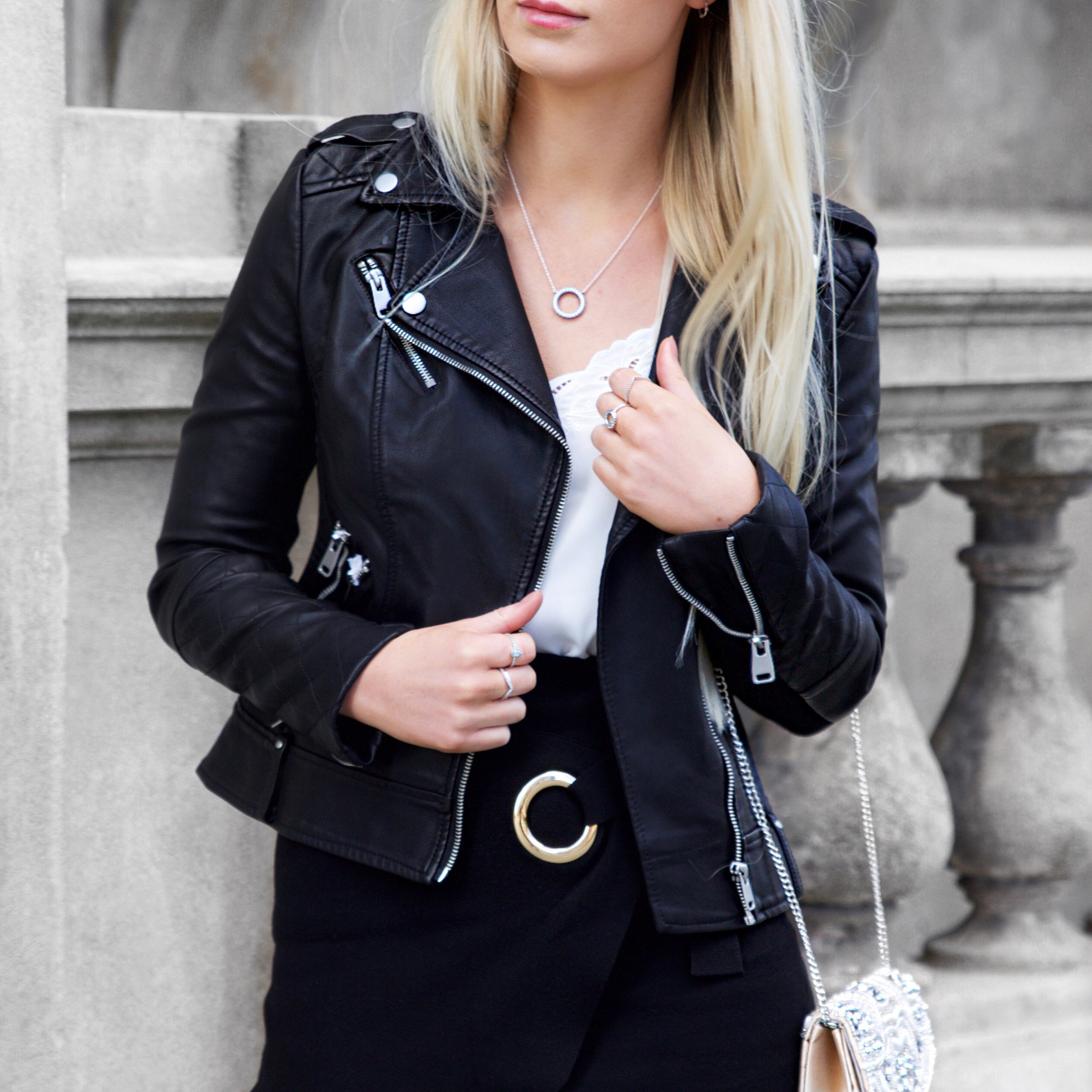 Forever New Fashion Blogger | Izzy Wears Blog