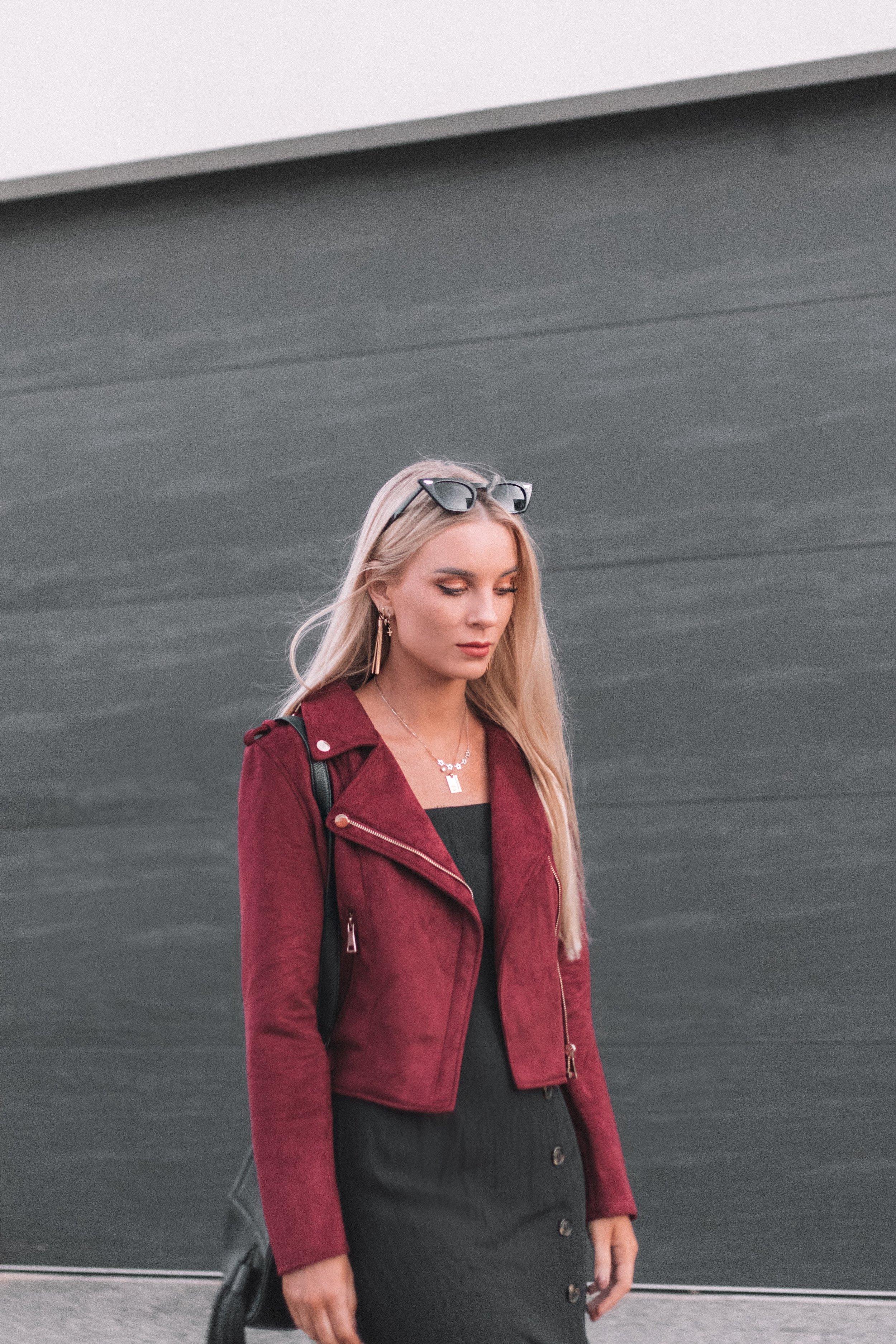 Elabelz Red Jacket - Izzy Smith_4.JPG