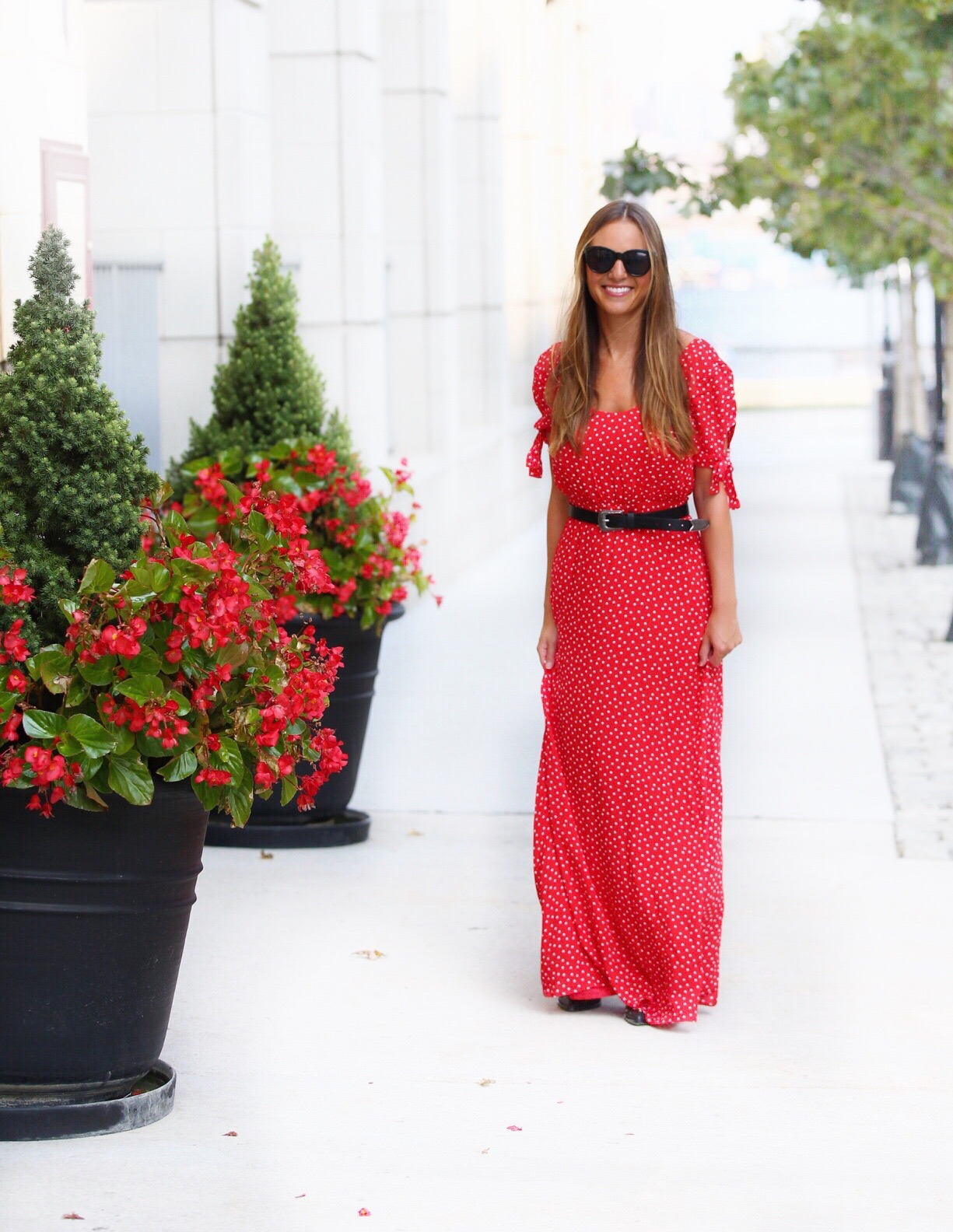 Dress    ,   Sunglasses