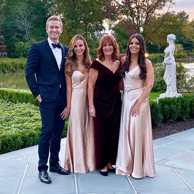 And in a surprise to absolutely no one, @drjoellehirschfeld & @chris_buquicchio (& their amazing family) threw the most epic wedding last night! @drjoellehirschfeld has always been like my bonus little sister & getting to watch her marry her perfect, shirtless, 'action figure' soulmate made my heart burst and my eyes leak! #ChrisFellForJoelle #Wedding