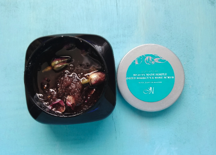 BEST SELLER   DRIED HIBISCUS & ROSE SCRUB  SOLD UNITS:  7