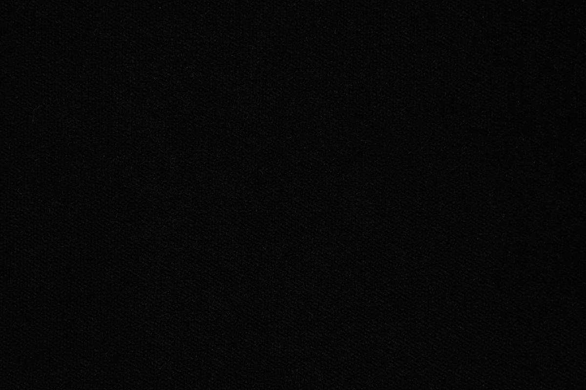 Noir 9672