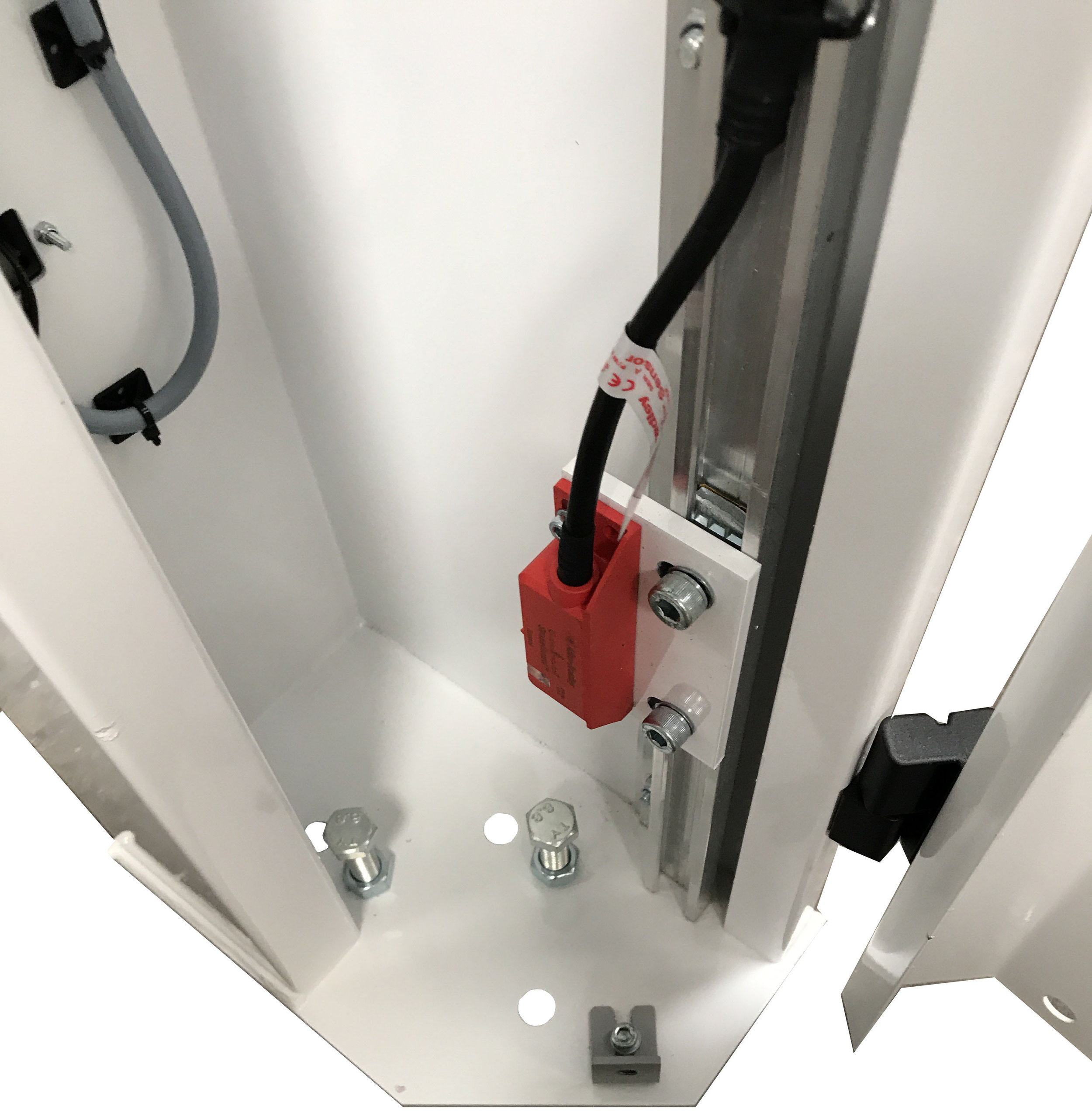 The Cell Protection Rapid Door is manufactured from a sheet steel construct with the top cassette frame using mild steel RHS with steel end plates for motor and bearing components. Its strong framework makes this roller door a stand-alone unit.
