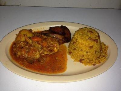 A plate of Puerto Rican arroz con pollo.