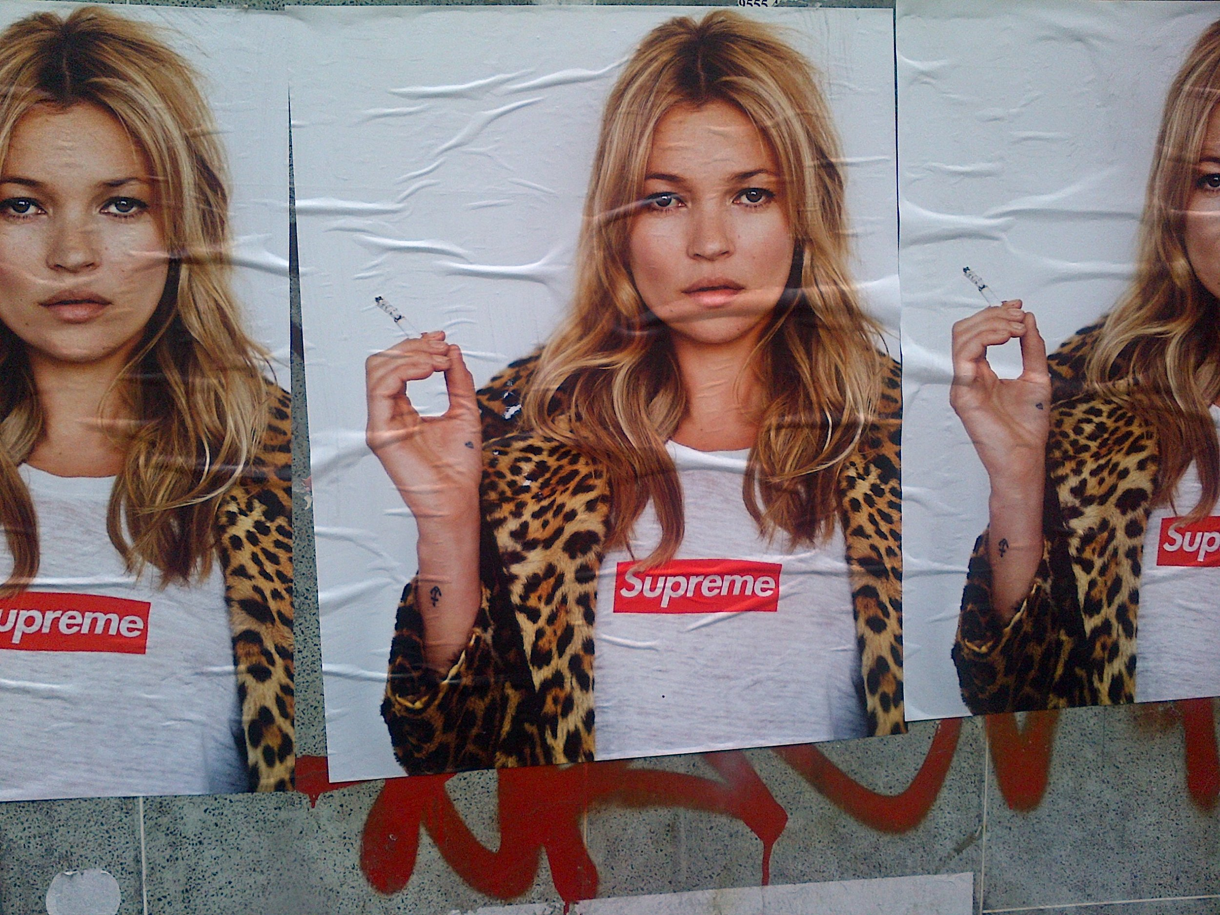 Kate Moss for Supreme in all streets of New York