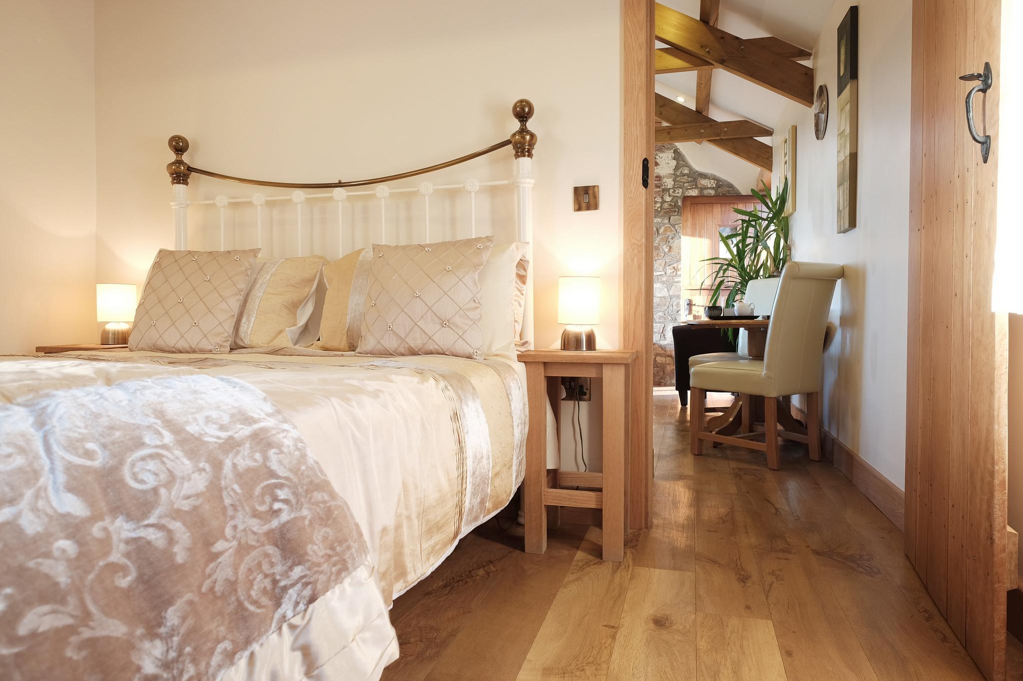 wennas-well-bedroom.jpg