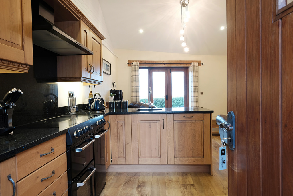 Fully equipped kitchen with electric hob and double oven