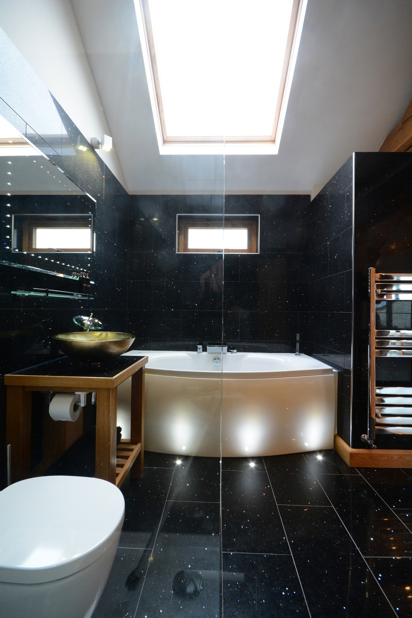 Relaxing spa bath