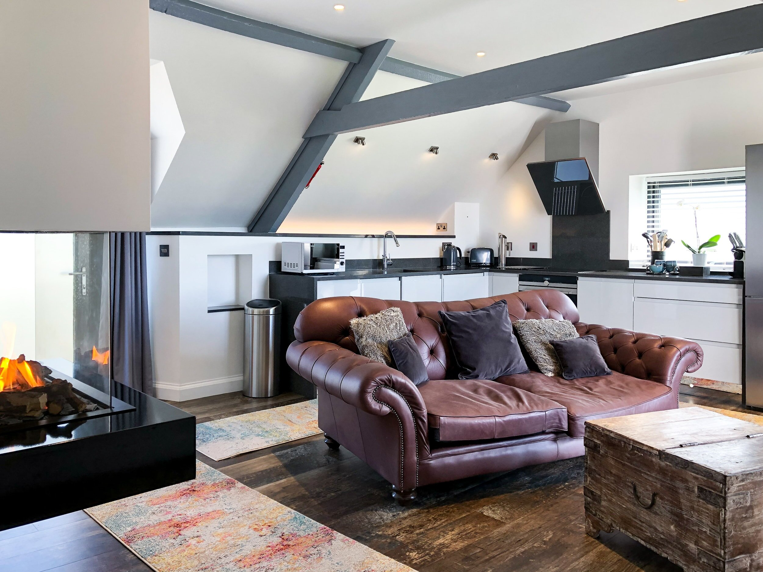 Skyfall open plan living area and fully fitted kitchen for self-catering