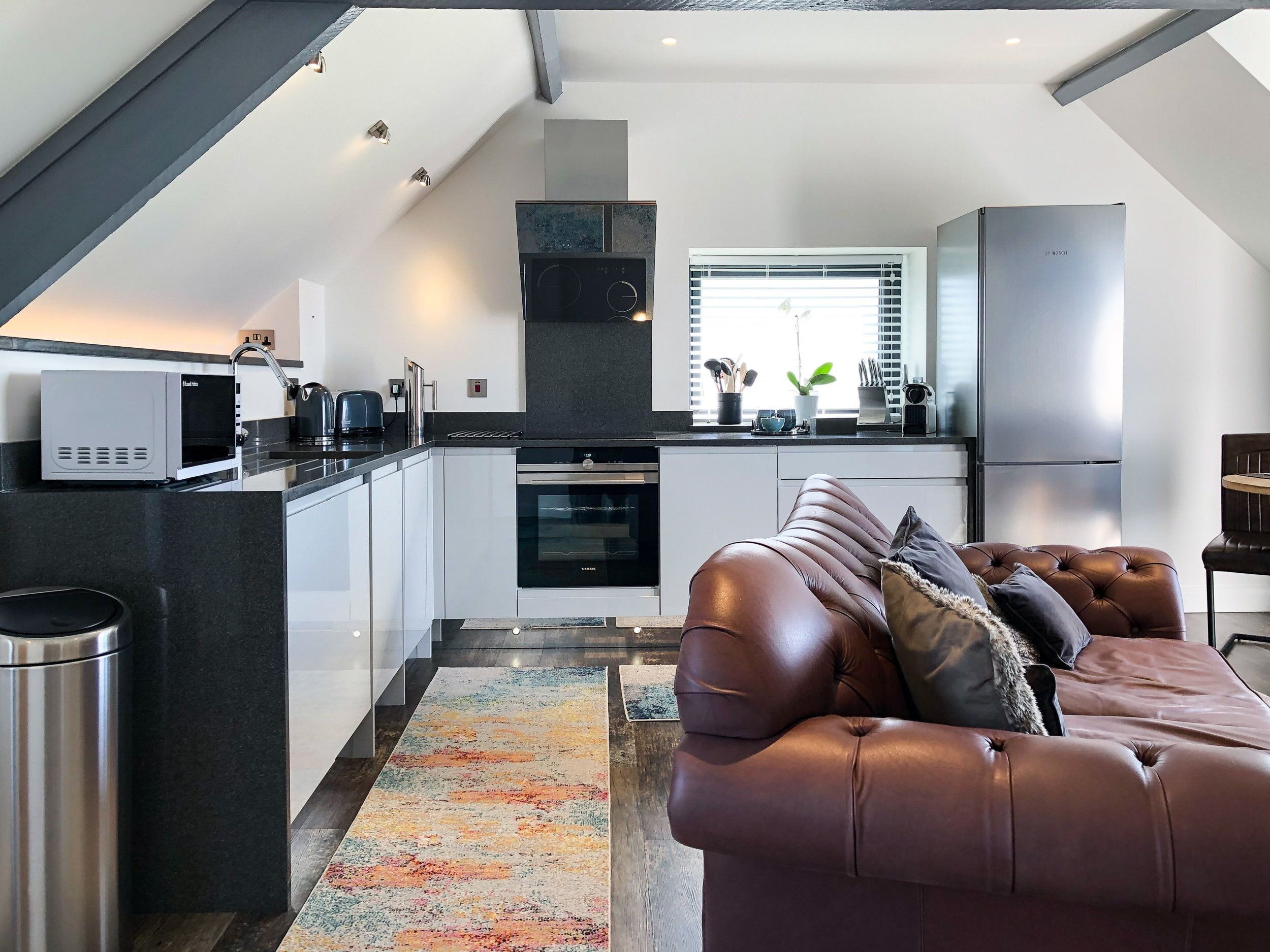 Open plan kitchen and living area in Skyfall