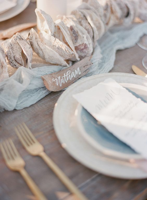 Driftwood Tablescape