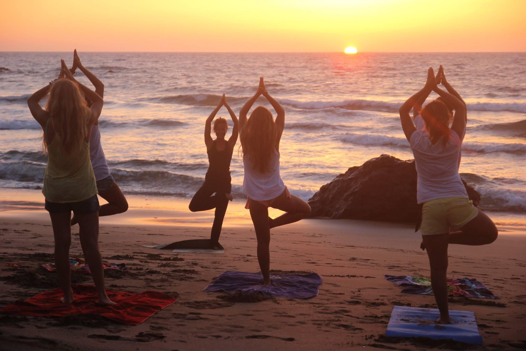 Surf Yoga .jpg