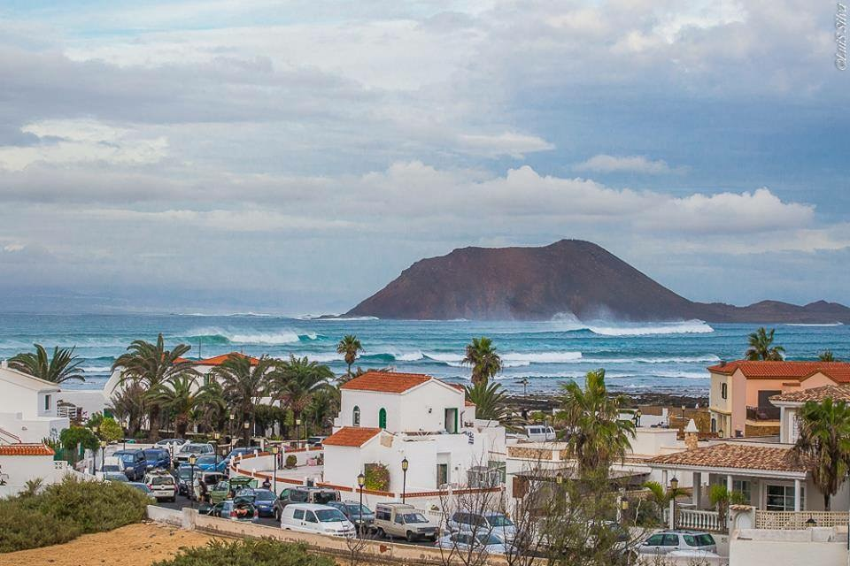 Kailua surf school Corralejo Fuerteventura - we are here where the best waves are