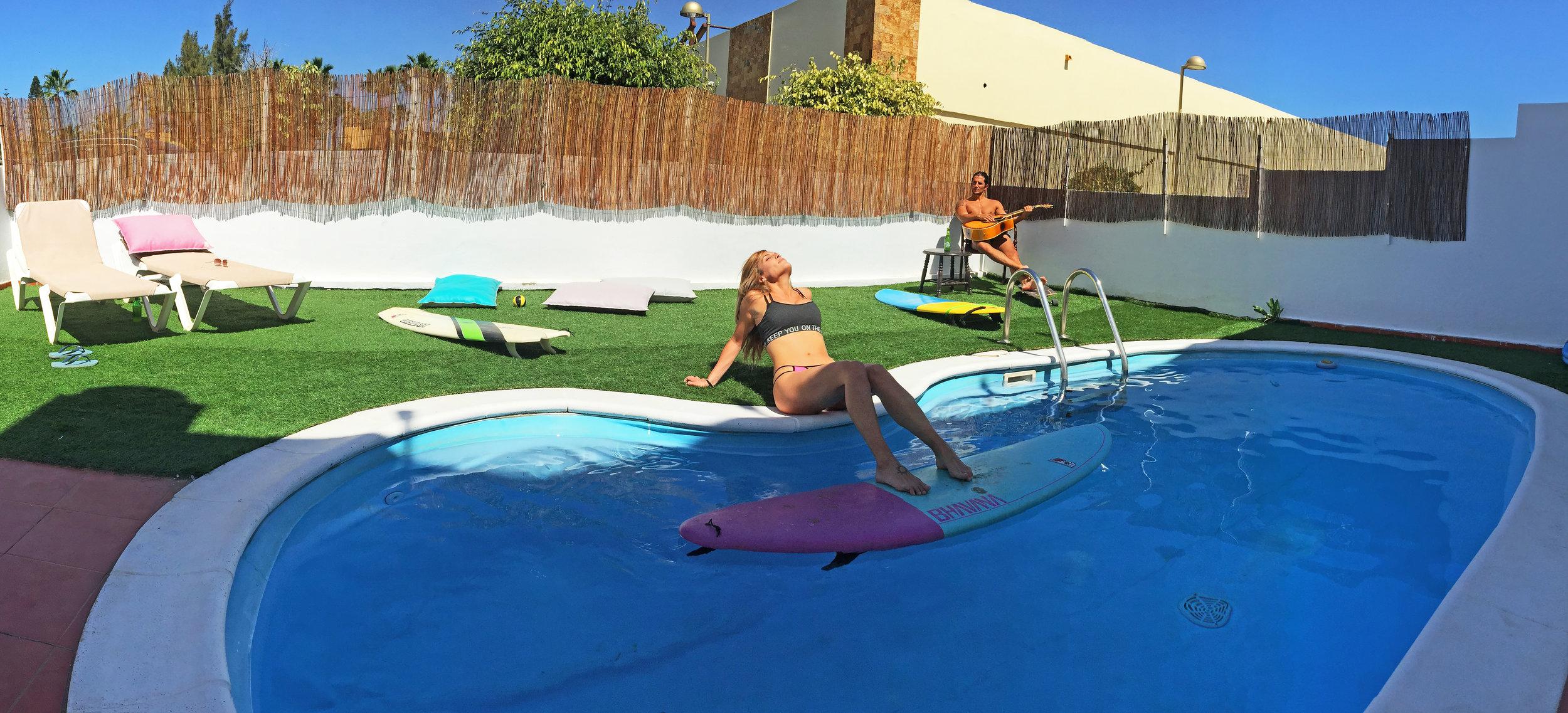 SwimingPool.jpg