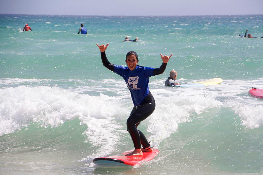 BECOME INDEPENDENT SURFER SURF CAMP -