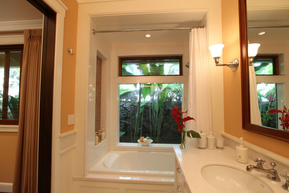 Bedroom-1-Bath-Paradise-Point1.jpg