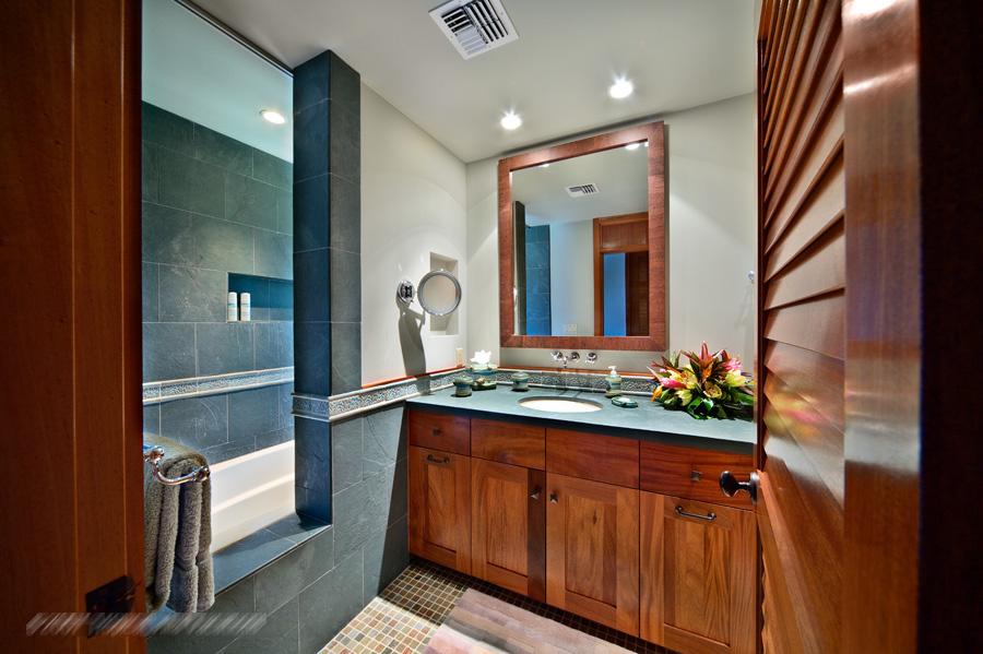 bath200.jpg