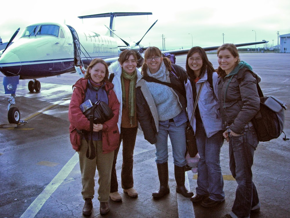 Here's the dream team from left to right: Tracy, Catrina, Lisa g, Elisa and Banchi
