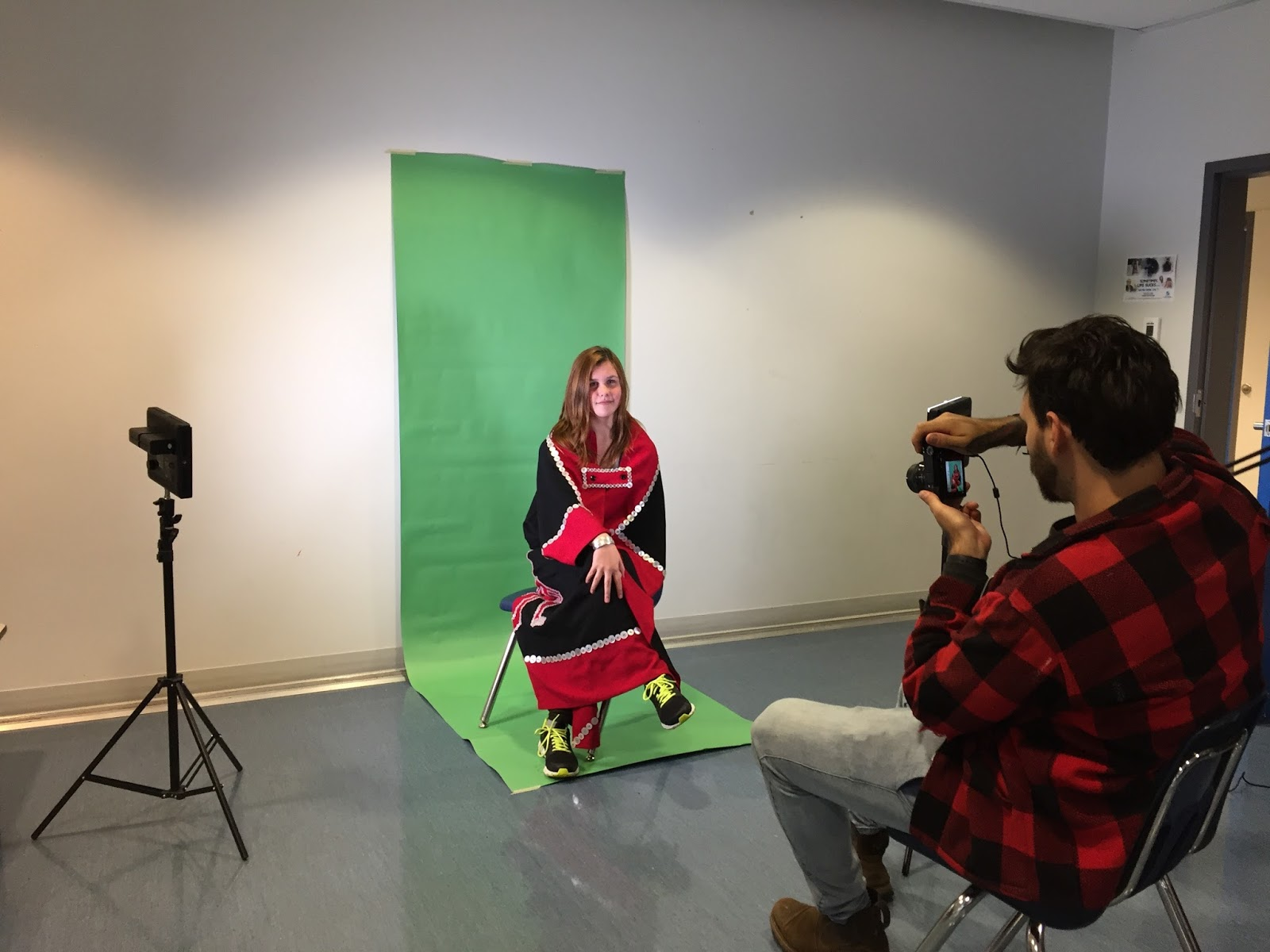 Hannah gets her portrait taken - when her ghost character was alive....