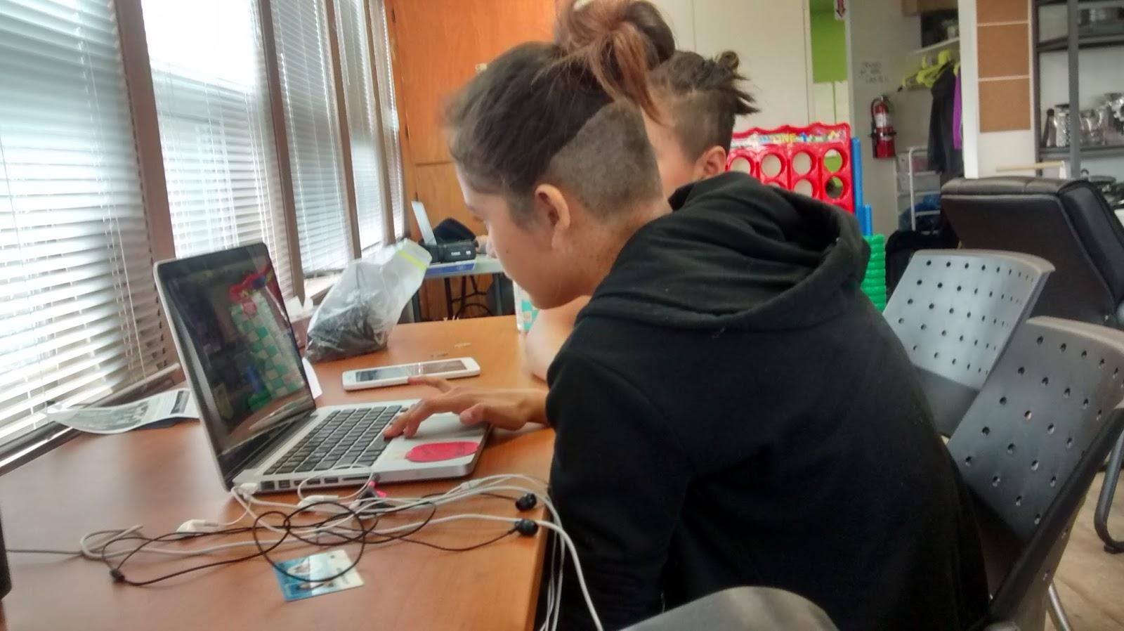 Elle editing with Latoya