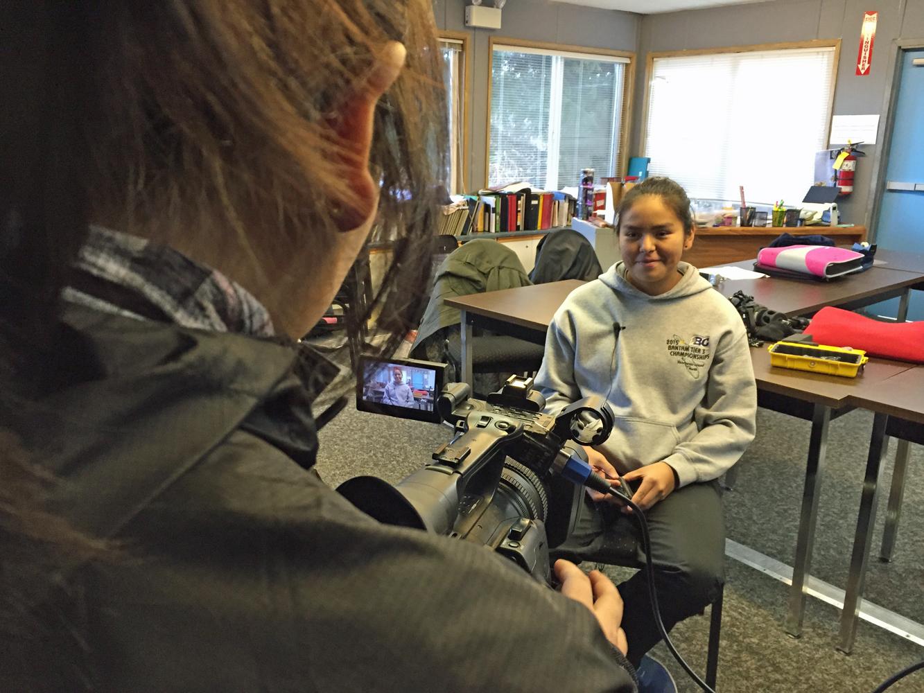 Kelly interviews Bree-Anna