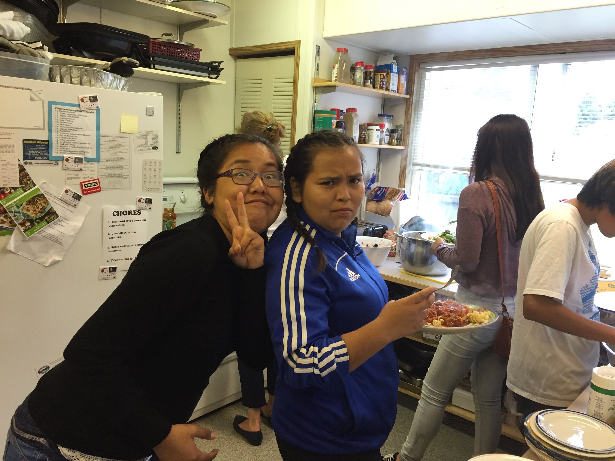 Lunch was provided by Eke Me-Xi (thanks Debbie and her student helpers!) Kelly and Roberta fill up on spaghetti