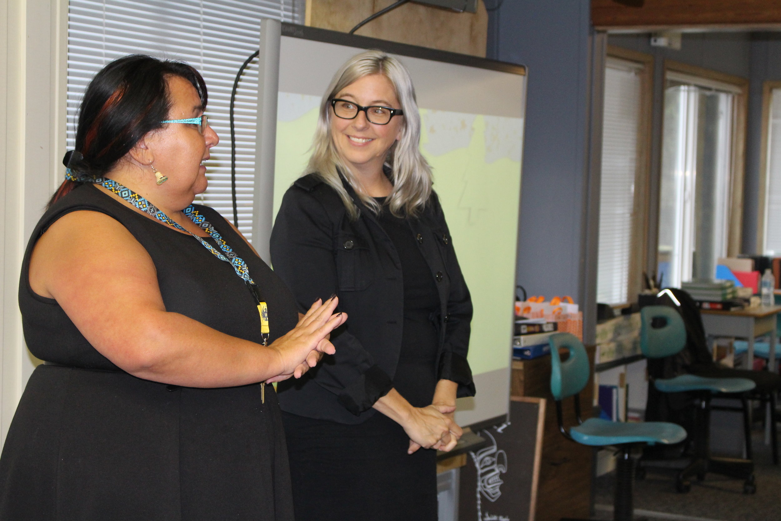 Leah says nice things about the Our World program and young people, while mentor Lisa g looks on in respect!