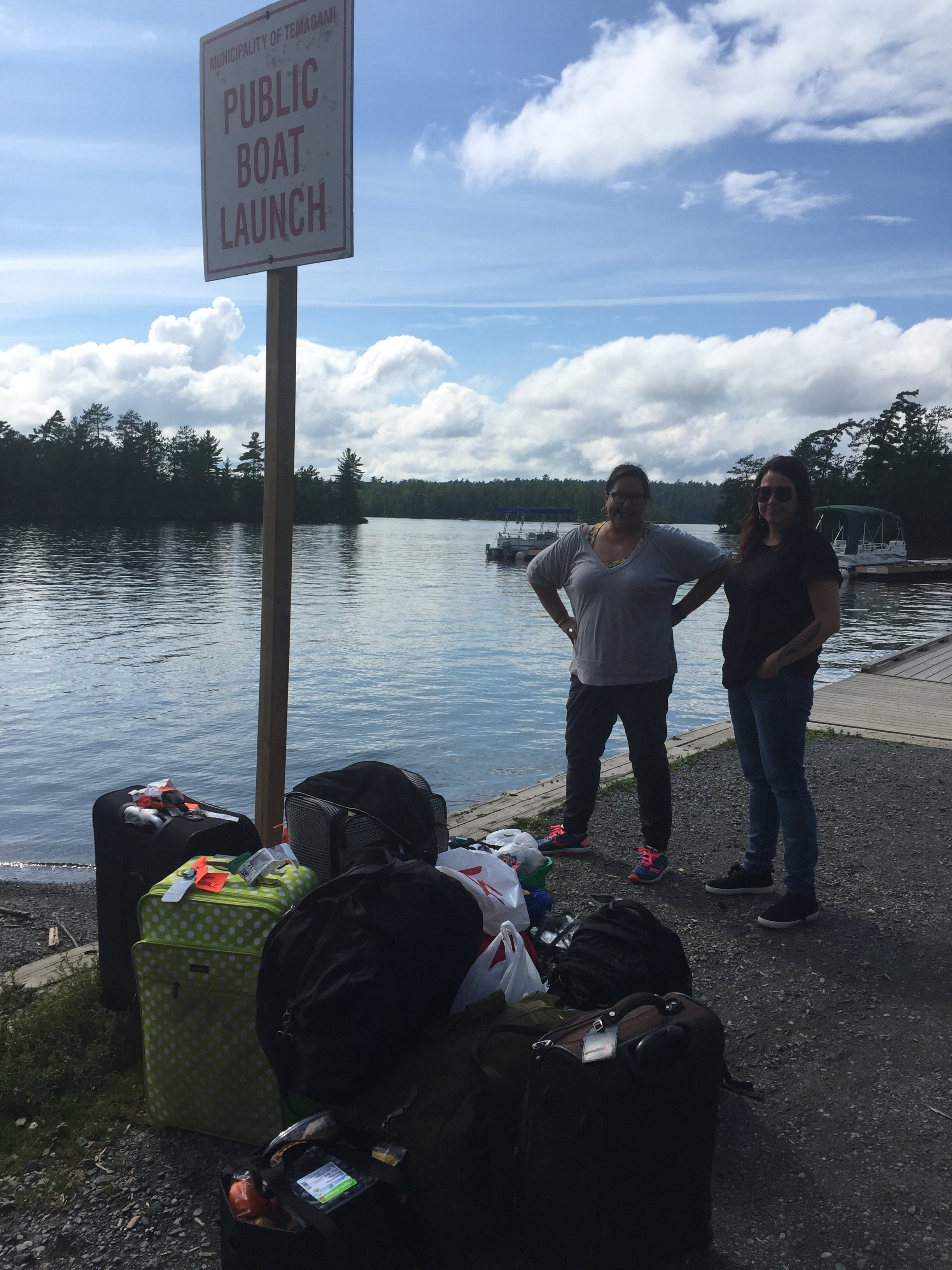 Darlene and Terril wait for the boat!