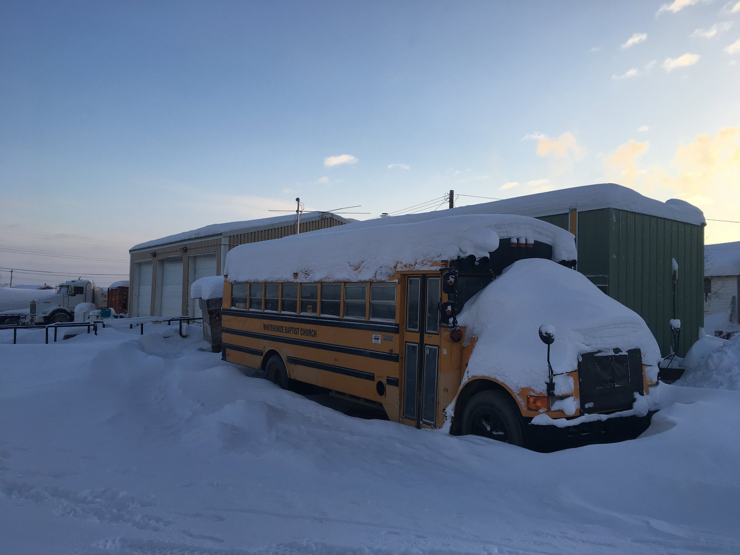 The resting school bus