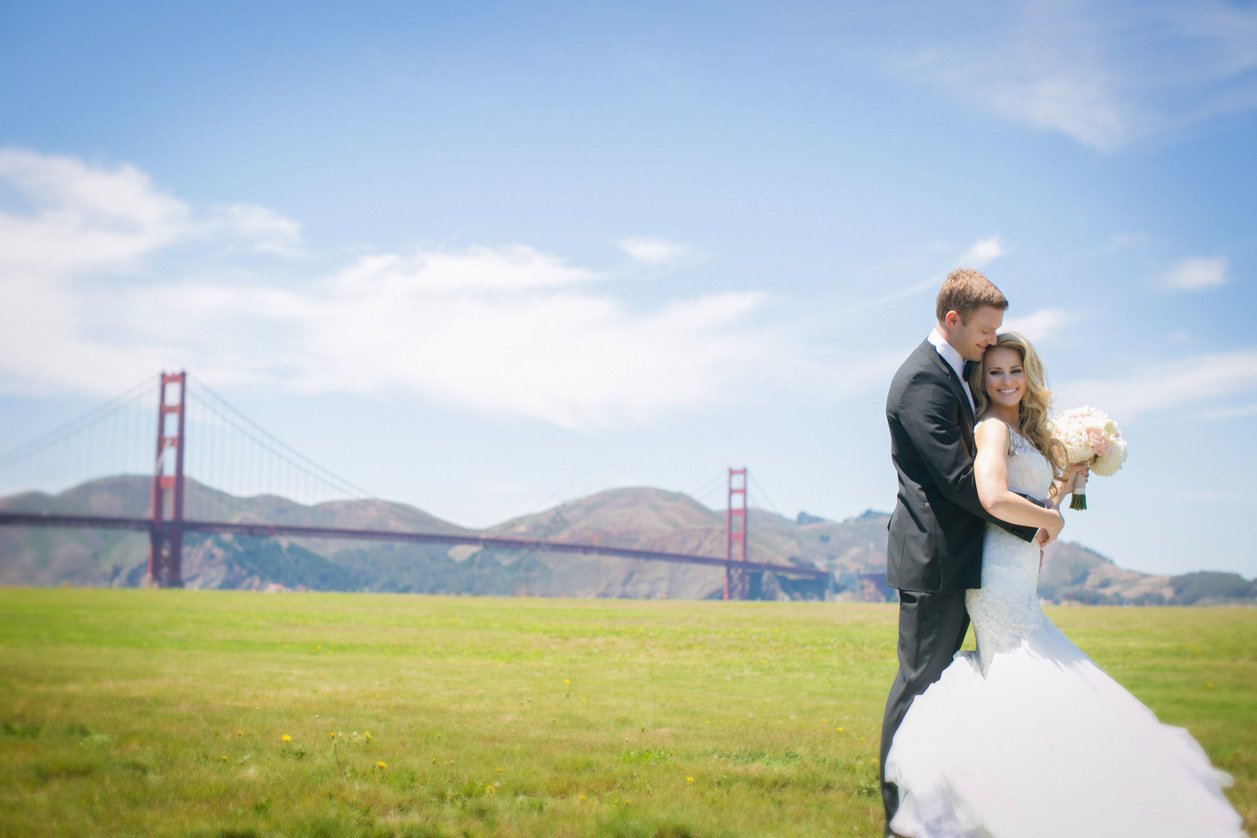 Golden Gate Bridge Bride and Groom