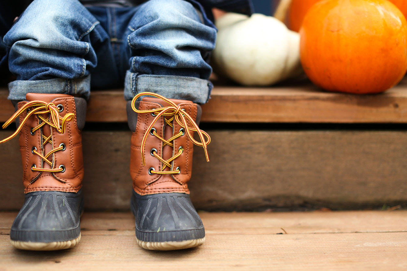BootsPumpkin.jpg