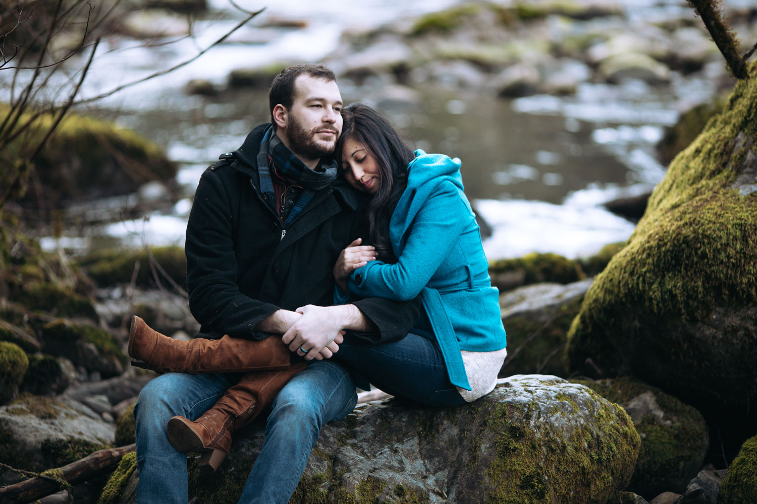 Seattle-Engagement-Photographer-Twinfalls-Blue.jpg