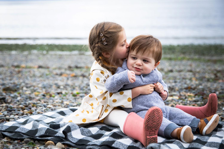 Seattle-Family-Photographer-Brother-Sister-Beach.jpg