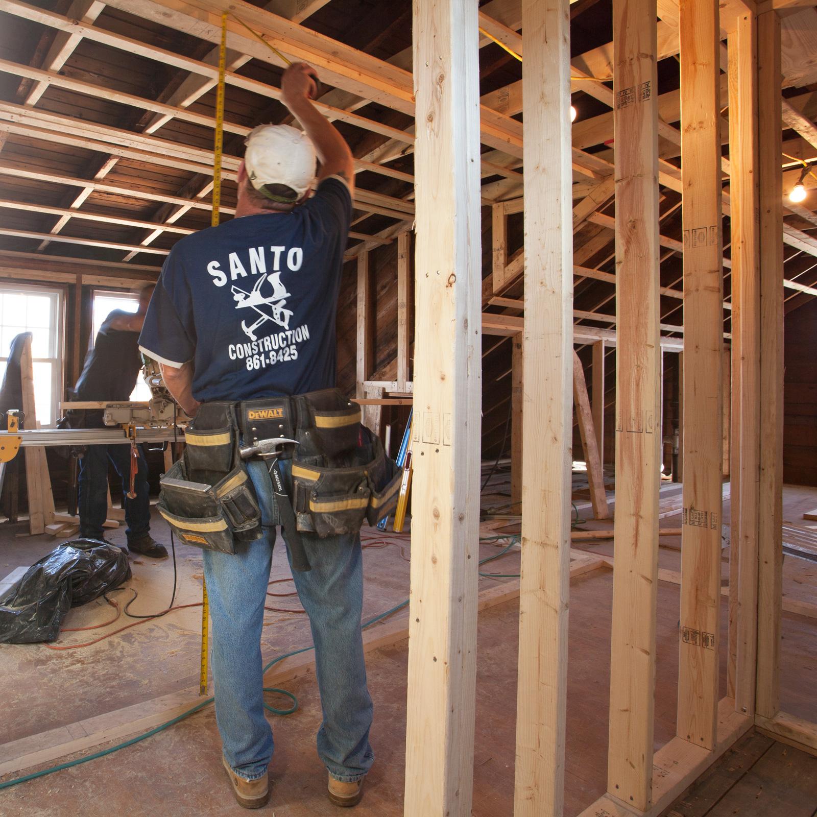 santo-construction-team-framing.jpg