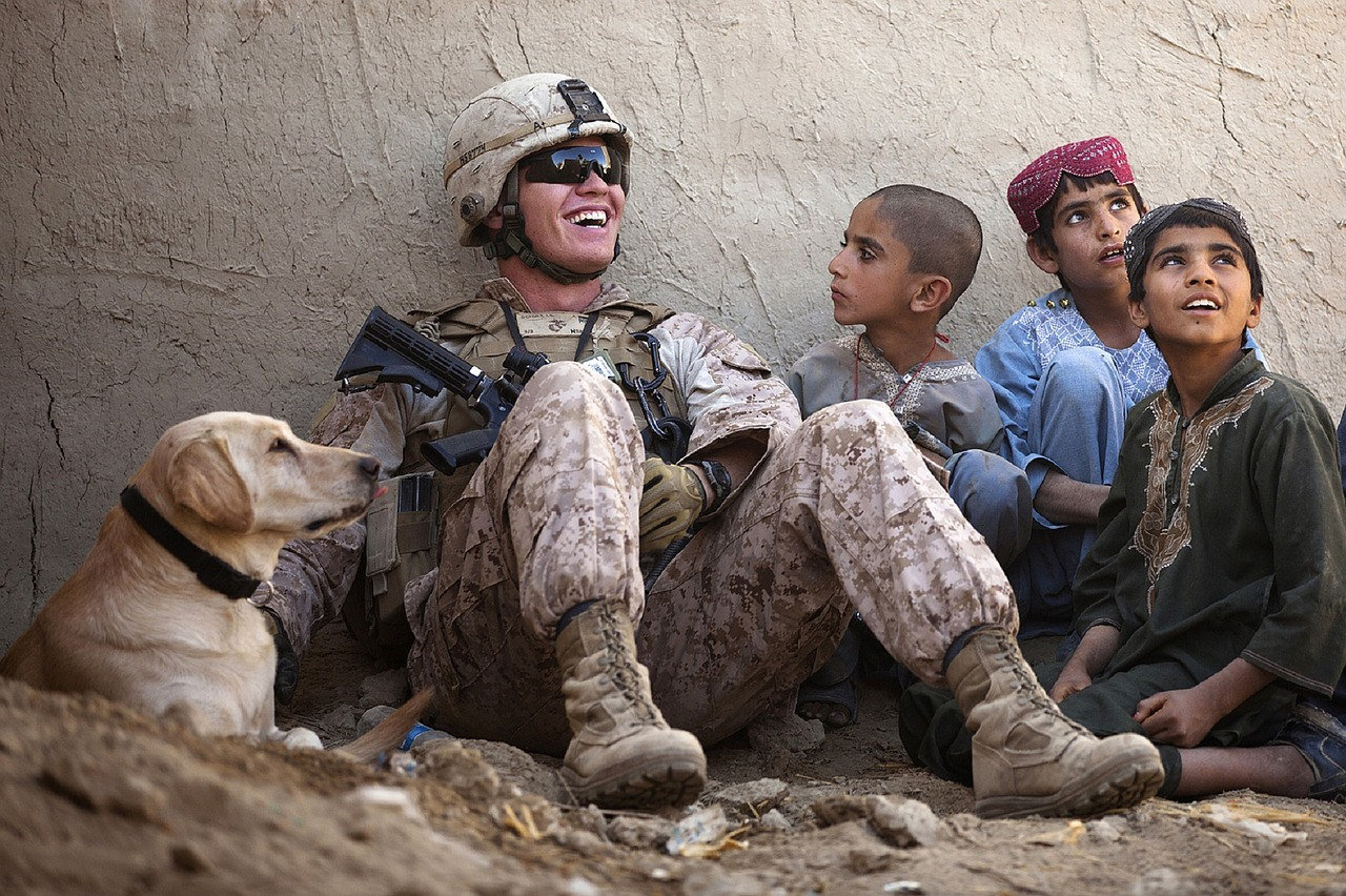 soldier-and-his-dog.jpg