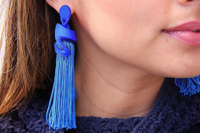Blue, blue, blue... 🔥💙 #earrings #tassel #3dprint #gift #holidays