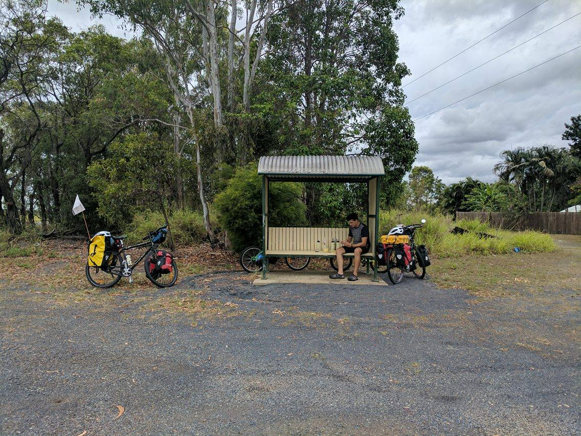 Lunch Stop, between Bundaberg & Gin Gin