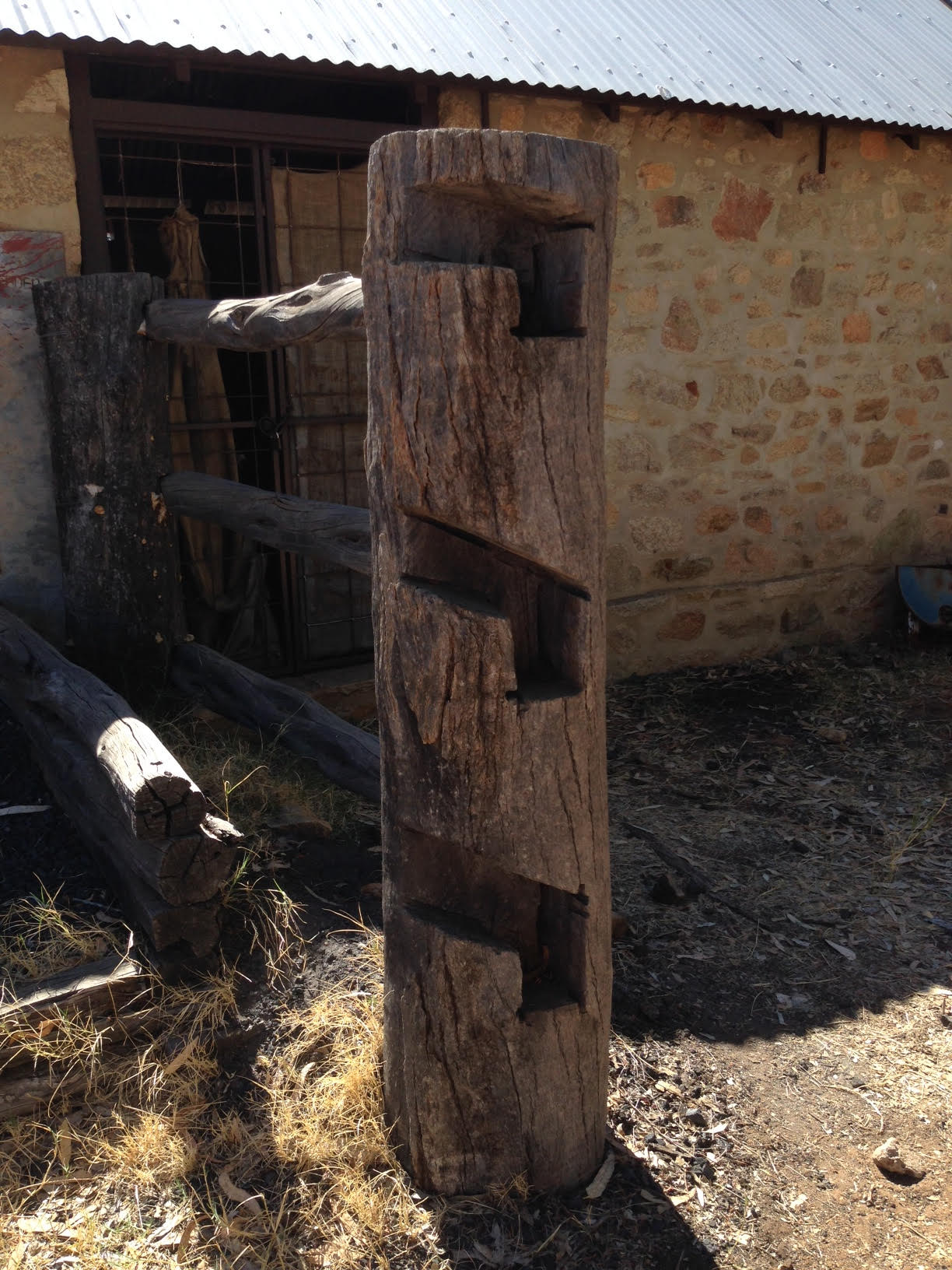 Sweet timber fence detailing...
