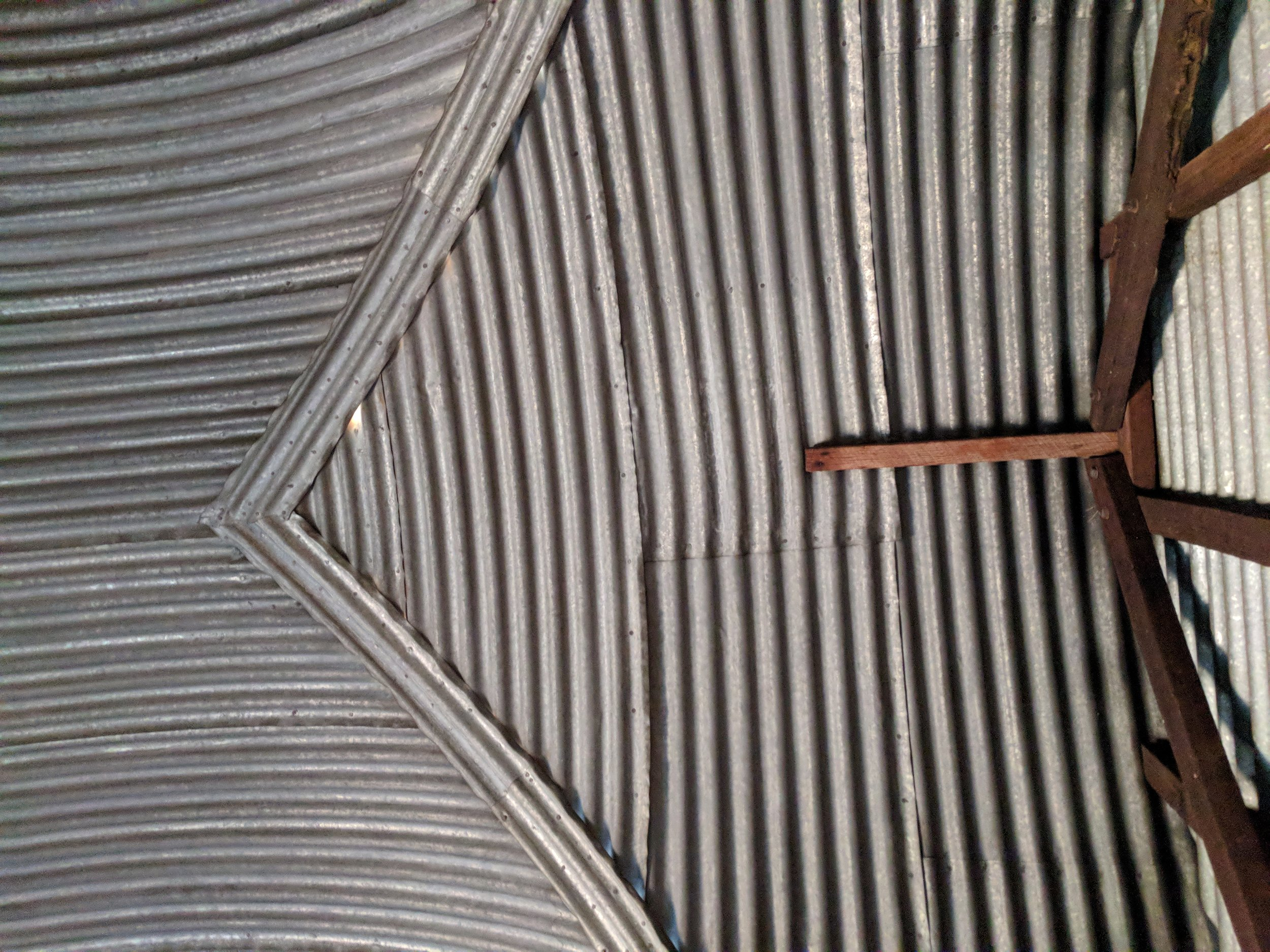 Wooleen Shearers mess groin, two vaults intersect in corrugated glory
