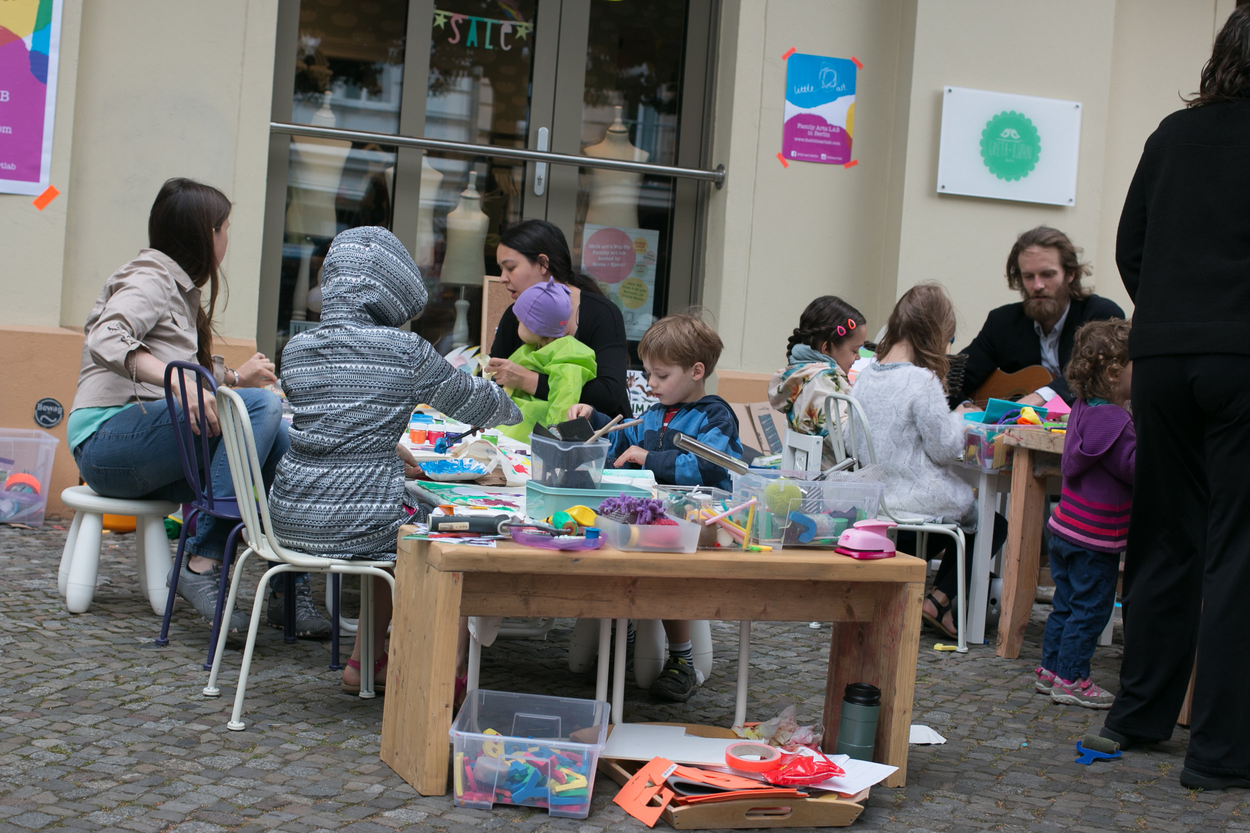 Pop Up Mobile Art Lab, little art, Berlin, Kids Art Workshop, Kinderkunstwerkstatt