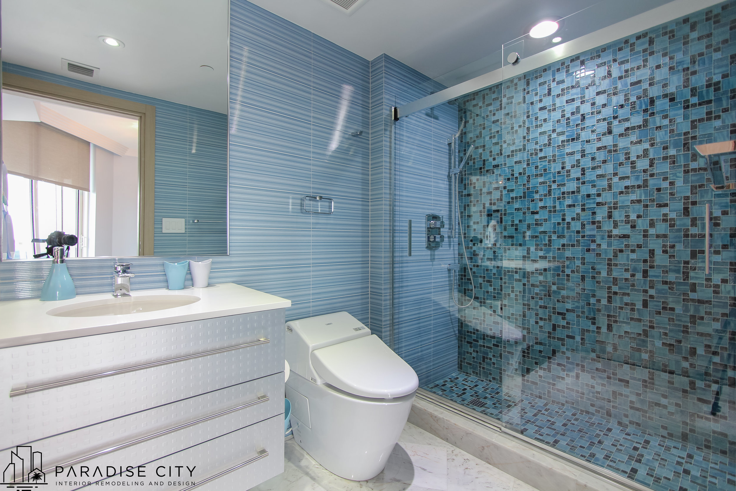 Ocean 4 Blue Bathroom ( copyright ) (5 of 1).jpg