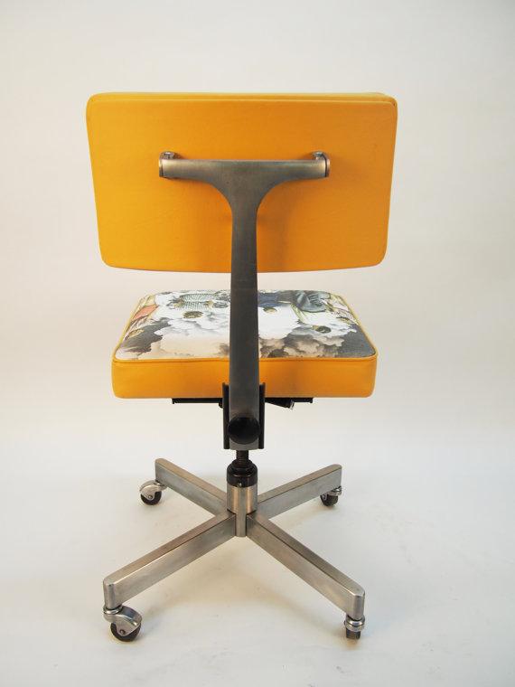 """Chaise de bureau """"Explosive Contemplation"""" - 450$"""
